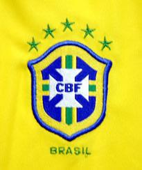 ブラジル代表2005コンフェデレーションズカップ優勝記念T−シャツ 協会エンブレム