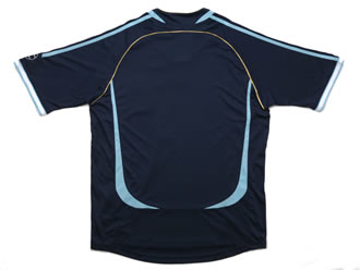 アルゼンチン代表06-07アウェー 背中から